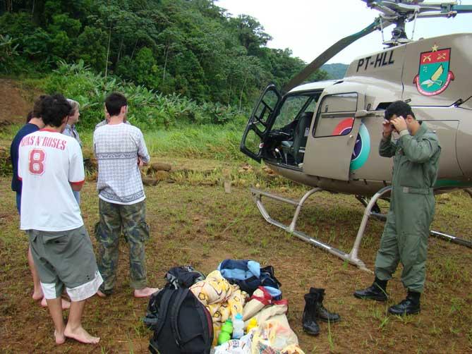 Resgate de jovens perdidos na mata em Garuva/SC