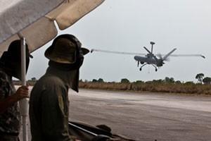 Drone da FAB é usado para achar pista clandestina na floresta amazônica (Foto: Agência Força Aérea)
