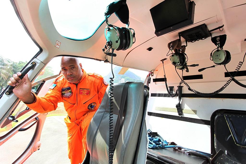 Corpo de Bombeiros realiza curso para piloto de helicóptero. Major Gercival Silva de Oliveira. Foto: Clarice Castro