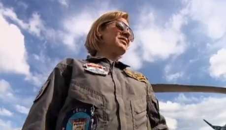 Ten Cel Clarisse - primeira mulher a pilotar caveirão aéreo da polícia no Rio de Janeiro
