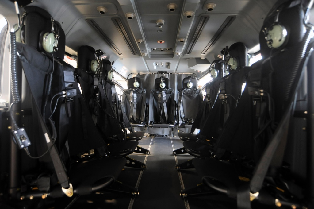 entre-os-sistemas-instalados-na-aeronave-estao-equipamentos-de-tecnologia-avancada