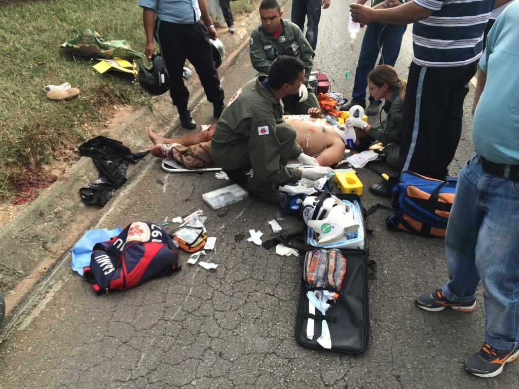 Arcanjo socorre motociclista em Esmeraldas, Minas Gerais.