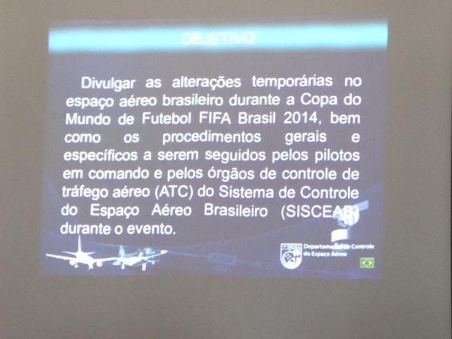 O DTCEA/SV realizou no auditório do GRAER/BA, esclarecimentos sobre as Operações Aéreas no Brasil e em especial na Terminal Salvador (TMA Salvador) para os Pilotos do GRAER e da Casa Militar do Governador do Estado da Bahia (CMG).