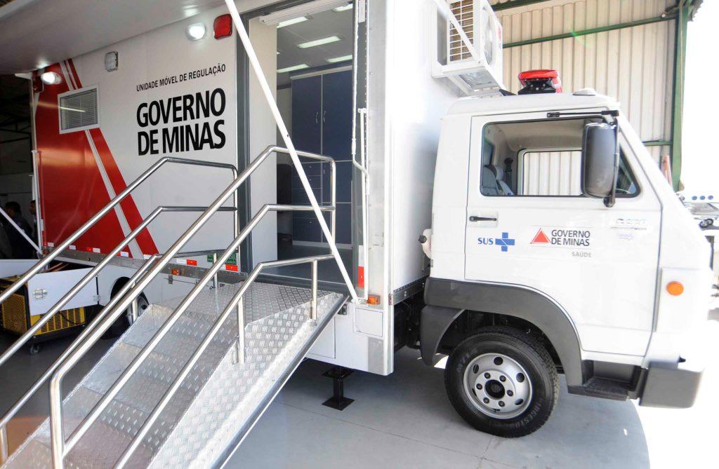 unidade-movel-de-regulacao-permite-a-comunicacao-entre-diversos-locais-envolvidos-em-um-acidente