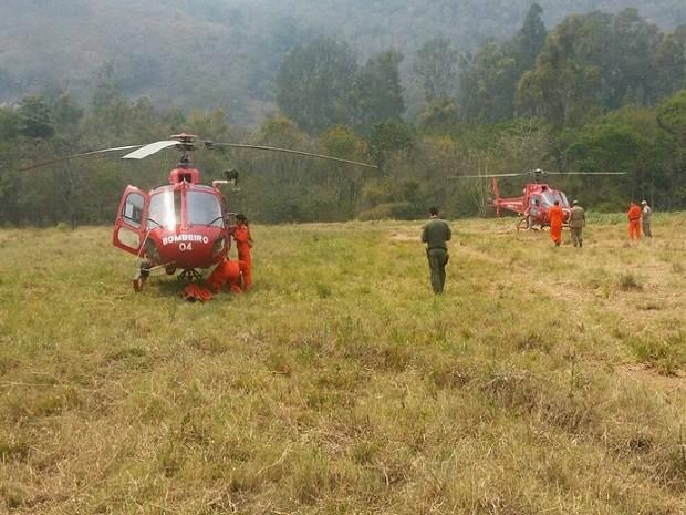 Prioridade foi para pontos onde as chamas estavam próximas a residências (Foto: Divulgação / Corpo de Bombeiros)