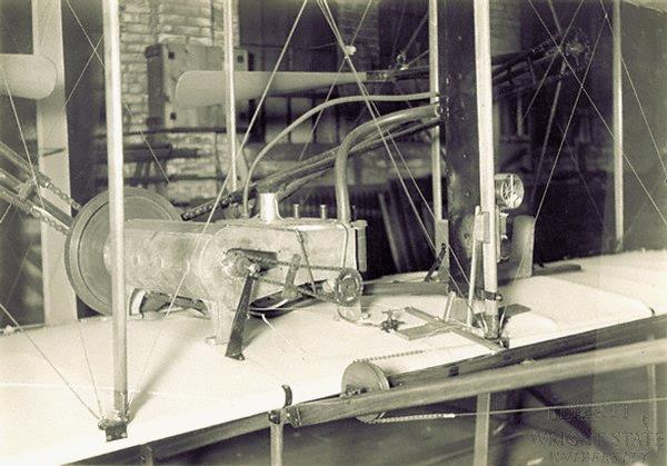 O primeiro motor Wright Horizontal de 1903, construído por Charlie Taylor.