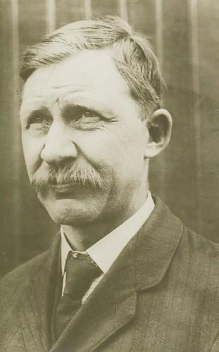 Figura 2 - Charles Edward Taylor (1868-1956). Fonte: General Aviation News (2013) .
