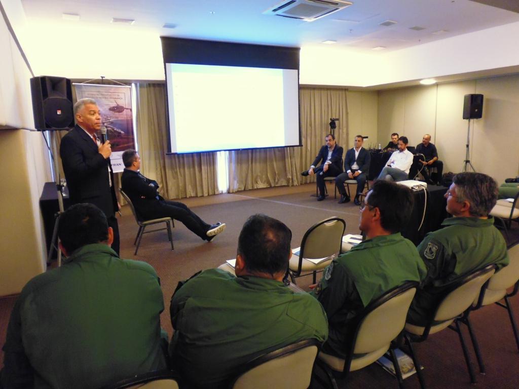 Mesa de debate sobre Gestão de Frota. Foto: Eduardo Alexandre Beni.