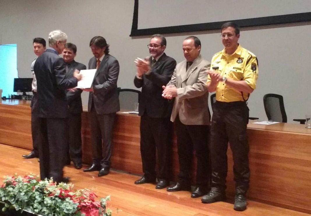 Câmara Legislativa presta homenagem aos Pioneiros na Aviação de Segurança Pública do Distrito Federal