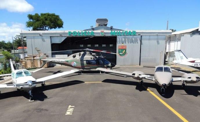 Helicóptero Koala (AW119ke, Águia 02), avião monomotor Corisco (Embraer 711C) e avião bimotor Embraer 810C - Seneca II. Foto: BAPM.