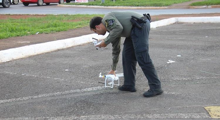 Agentes de trânsito foram treinados e certificadas junto à ANAC para operar os aparelhos