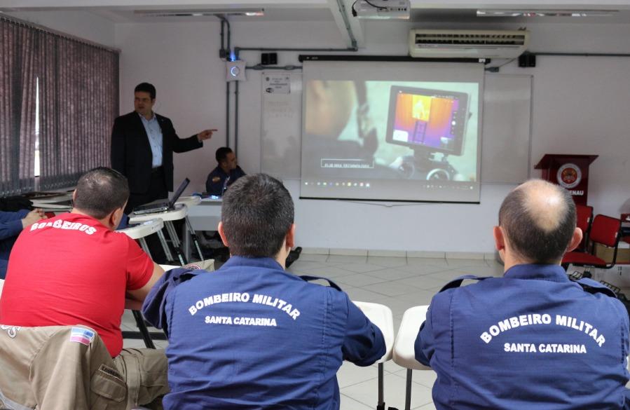 """DJI, líder mundial em drones e sistemas faz """"roadshow"""" pelos Estados brasileiros - Santa Catarina"""