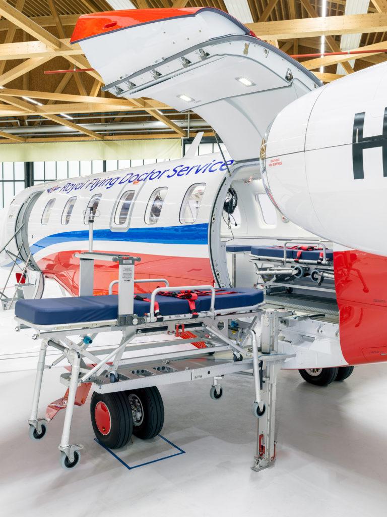 Pilatus entrega primeiro avião PC-24 configurado aeromédico para RFDS autraliana
